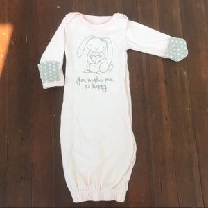 Izzy & Owie Baby Gown Size 0-3 Months